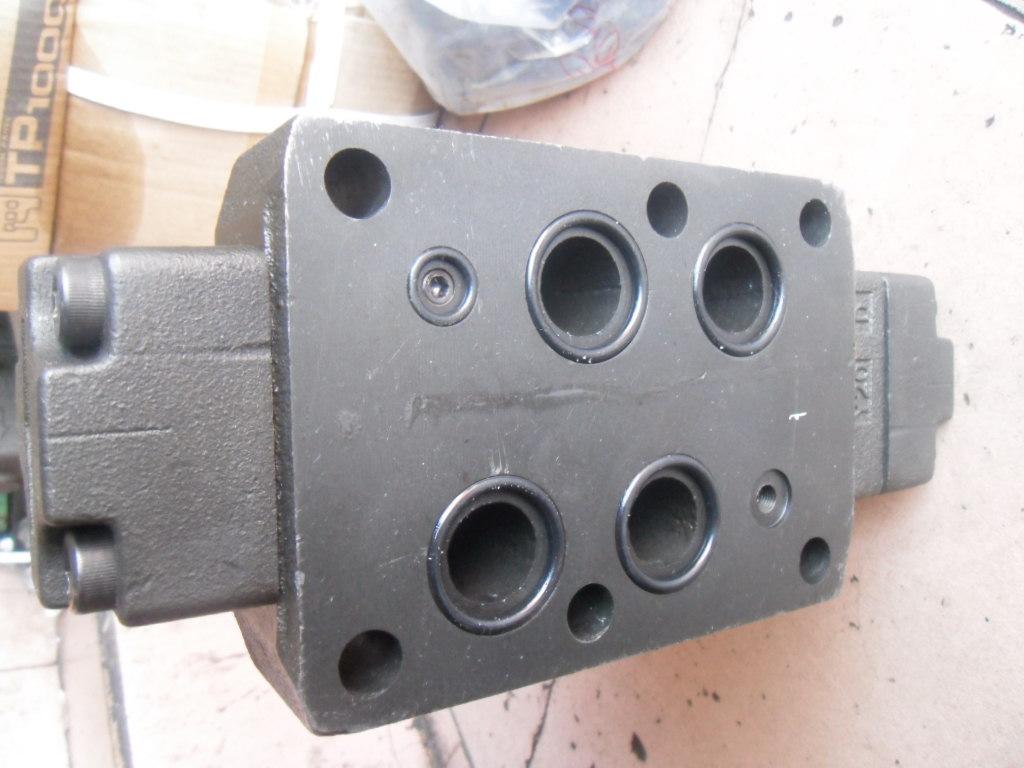 电液换向阀DP06