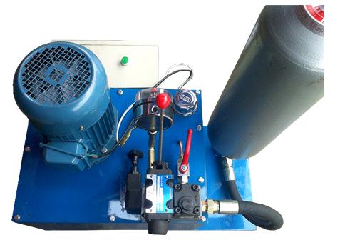 KN95口罩机熔喷布换网器液压站
